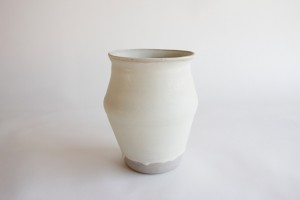 http://archive.jonathanhopsongallery.com/files/gimgs/th-40_Large-Vase-3w.jpg
