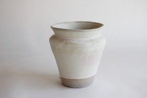 http://archive.jonathanhopsongallery.com/files/gimgs/th-40_Large-Vase-4w.jpg